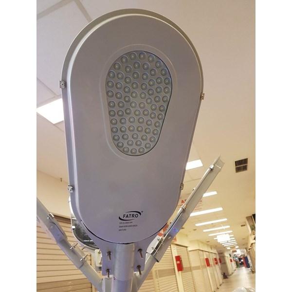 Lampu PJU LED SOLAR PANEL
