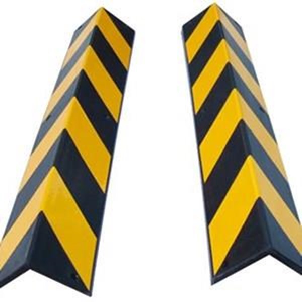 Pengaman Tiang Parkir (Rubber Corner Guards)