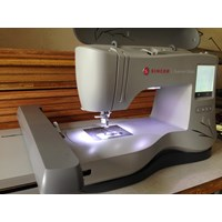 Singer Sewing Machine Computer Embroidery Singer em 200 Cheap 5