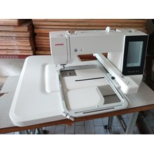 Sewing machines Embroidery Janome MC 500E Portable