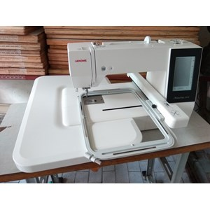 Sewing machines Embroidery Janome MC 500E Portable computer Automatically