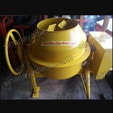 Mesin Pengaduk Beton dan Semen Molen 150 Liter