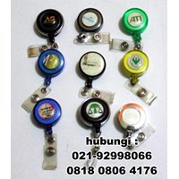 Yoyo Hang Tag Dan ID Card Holder