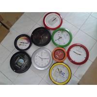Jual Jam Promosi  Jam Souvenir Jam Hadiah  Jam Kantor 2
