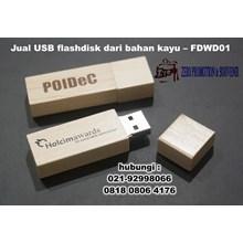USB flashdisk dari bahan kayu – FDWD01