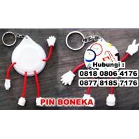 Barang Promosi Perusahaan Gantungan Kunci Pin Boneka