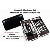 Barang Promosi Perusahaan Souvenir Manicure Set