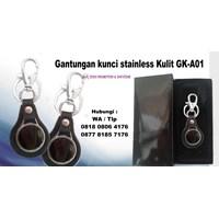 Distributor Barang Promosi Perusahaan Gantungan Kunci Stainless Kulit Gka01  3