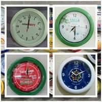 Souvenir Jam Dinding Diameter 30Cm Kode 244  Jam Promosi