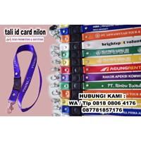Barang Promosi Perusahaan Tali Id Card Dengan Aksesoris Stopper