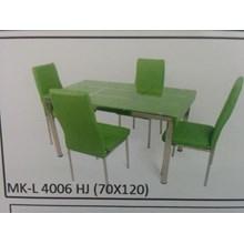 Meja Makan Kaca Lengkung 4 Kursi MK L 4006 HJ Full Set