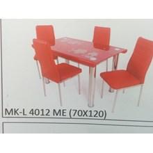 Meja Makan Kaca Lengkung 4 Kursi MK L 4012 ME Full Set