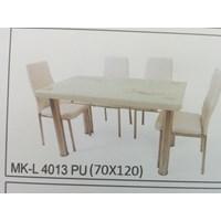 Jual Meja Makan Kaca Lengkung 4 Kursi MK L 4013 PU Full Set