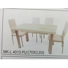 Meja Makan Kaca Lengkung 4 Kursi MK L 4013 PU Full Set