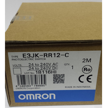 Built-in Supply Photoelectric Sensor with brackets and Reflectors OMRON E3JK-RR12-C