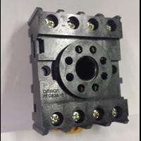 Plug-in Socket - OMRON PF083A-E 1