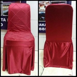Sarung kursi Futura warna merah
