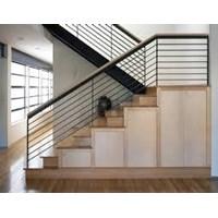 Dekorasi tangga mewah