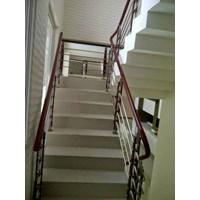 railling tangga minimalis & Balkon