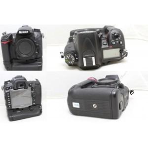 Nikon D7000 + MBD11 Like New Ex Alta