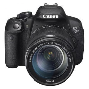 Canon EOS 700D Kit 18-135Mm F3.5-5.6 IS STM