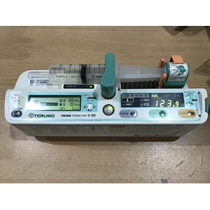 Peralatan Medis Lainnya Syringe Pump Terumo Te-332