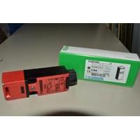 Switch Schneider Safety Interlock XCSPA593 1