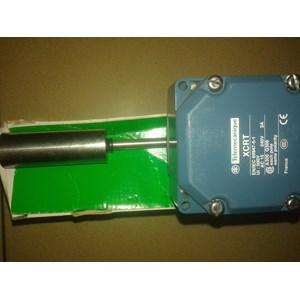 Limit Switch Schneider XCRT 500V AC 15 240V 3A