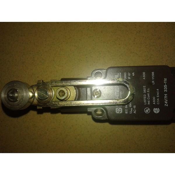Limit Switch Schmersal IEC 947-5-1 IP 67 VDE 0660