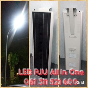 Lampu Jalan LED All In One 50W