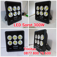 Lampu Sorot LED 300W IP 65