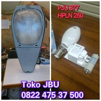 Lampu Jalan 877 + HPLN 250W Philips