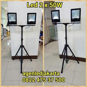 Lampu Sorot LED 2 x 50W Tripod