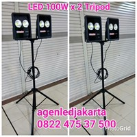 Lampu Sorot LED 2 x 100W Tripod