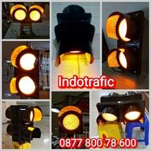 Lampu Traffic Light  Flashing Light