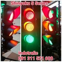 Lampu Traffic Light  Shinyoku 1