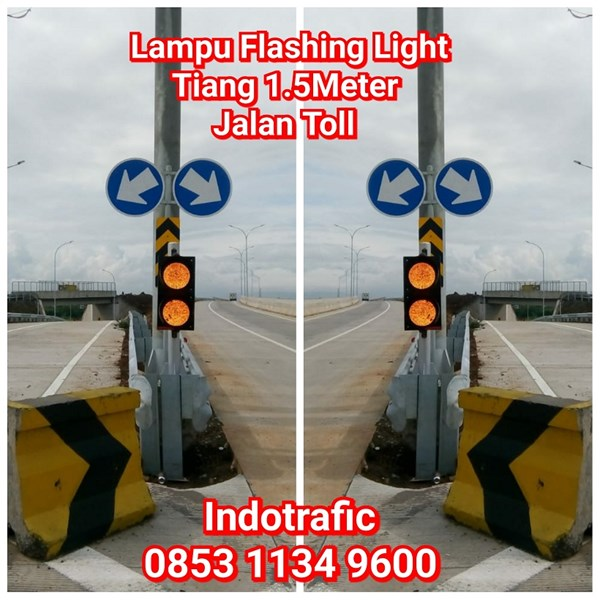 Lampu Traffic Light  Flashing Jalan Toll