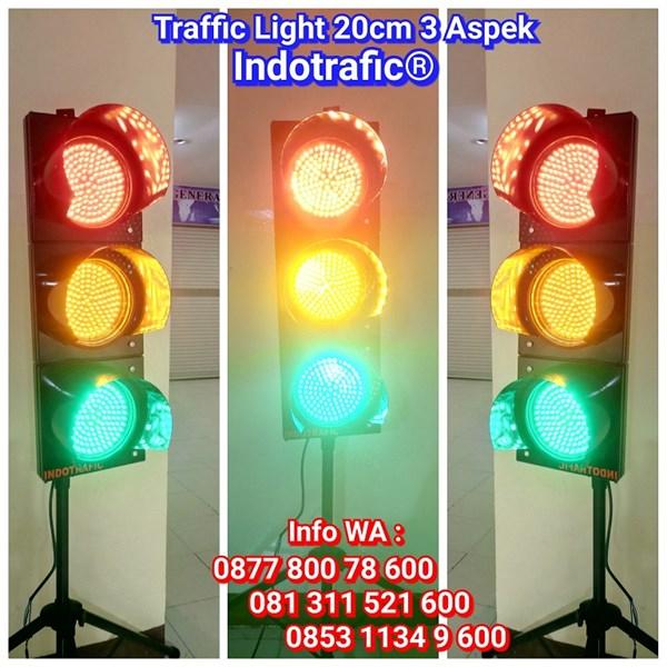Lampu Traffic Light  LED 20cm 3 Aspek