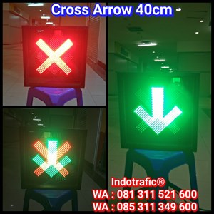 Cross Arrow Light 40cm