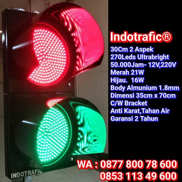 Lampu Traffic Light 30cm RG30