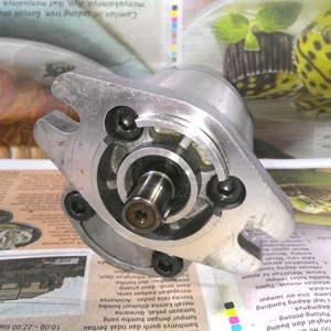 Dari  Jaguar HGP-1A Hidrolik Gear Pump 2