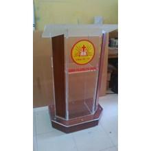 Podium Multiplex Acrylic P04