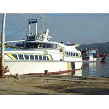Perahu dan Sampan Passenger Express Ship Build 200
