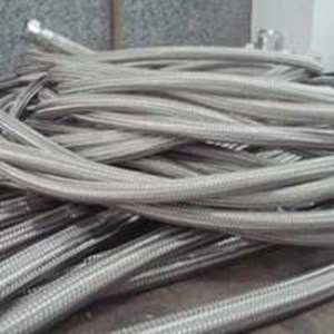 FLEXIBLE METHALIC HOSE SS304