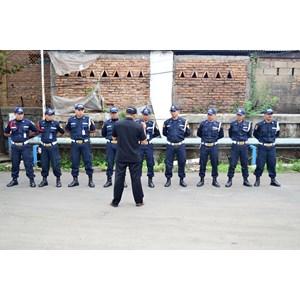 Petugas Keamanan By PT   CATUR MULIA MANDIRI