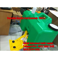 Portable Gravity Fed Eyewash 7501 1