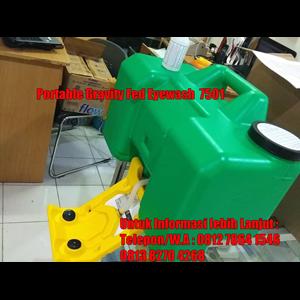 Portable Gravity Fed Eyewash 7501