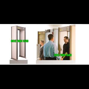 From Garrett PD 6500i Enhanced Pinpoint Walk-Through Metal Detector Gate 1