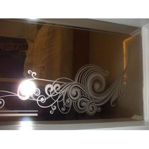 Grafir (Sandblast) Pada Cermin Brown