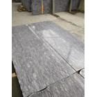 Granit Putih Lavender Blue 1